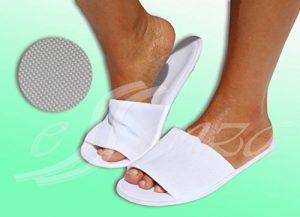 Chaussons anti-dérapants en éponge avec semelle en caoutchouc EVA conf. Par paire : cm. 28