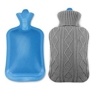 Infreecs Bouillotte avec Housse en Tricot Douce 2L, Bouillotte Caoutchouc pour Main, Hot Water Bottle, La Bouillotte Eau Chaude (Grise)