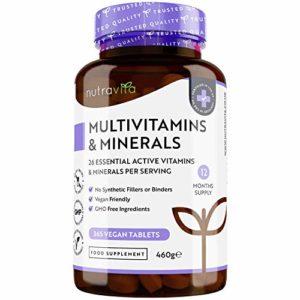 Multivitamines et minéraux – 365 comprimés Végan (1 an d'approvisionnement) avec 26 vitamines et minéraux essentiels – Comprimés pour hommes et femmes – Fabriqué au Royaume-Uni par Nutravita